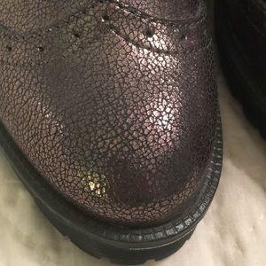 BAMBOO Shoes - Metallic wingtip platform loafer